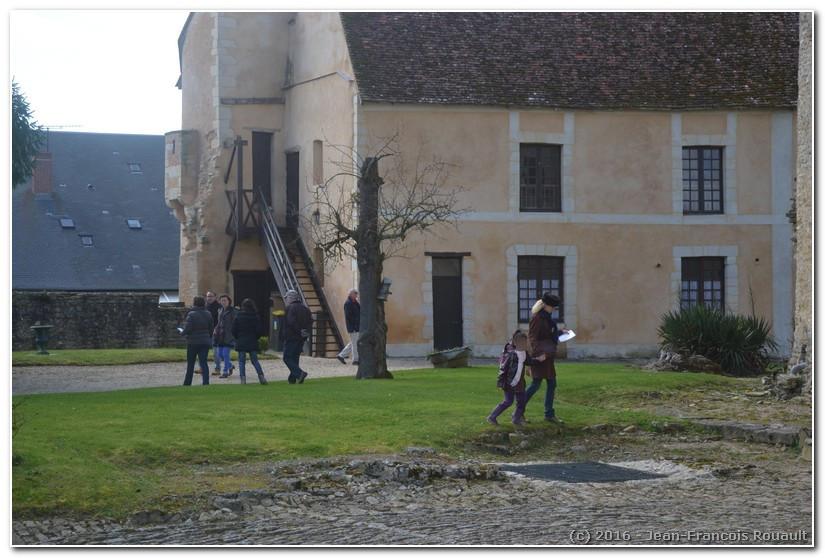 Chasse aux œufs au château de Sagonne